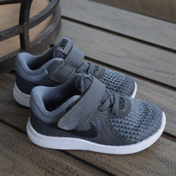 Nike Shoes | Nike Revolution 4 Infant
